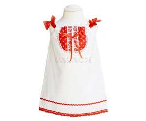 Dievčenské ľudové šaty