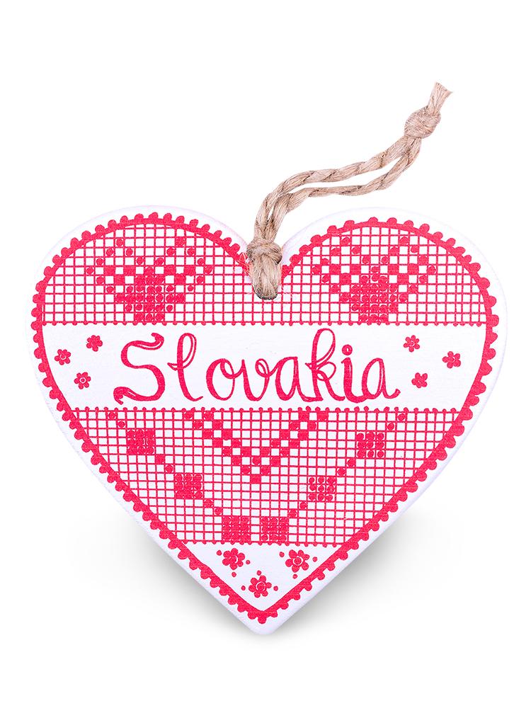 Drevené srdce Slovakia výšivka - červené