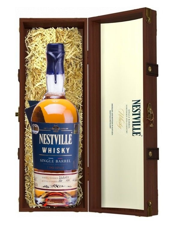 Whisky Nestville Single Barrel 40% 0,7L + LE-08 kufrík