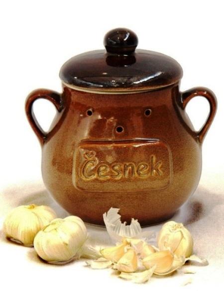 Nádoba na cesnak