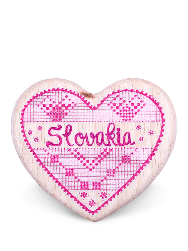 Drevená magnetka Slovakia srdce natural