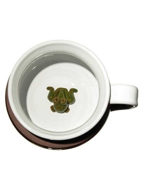 Hnedý hrnček prekvapenie - Žaba