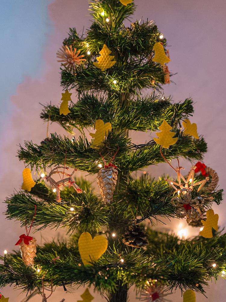Vianočné ozdoby zo včelieho vosku žlté 12ks