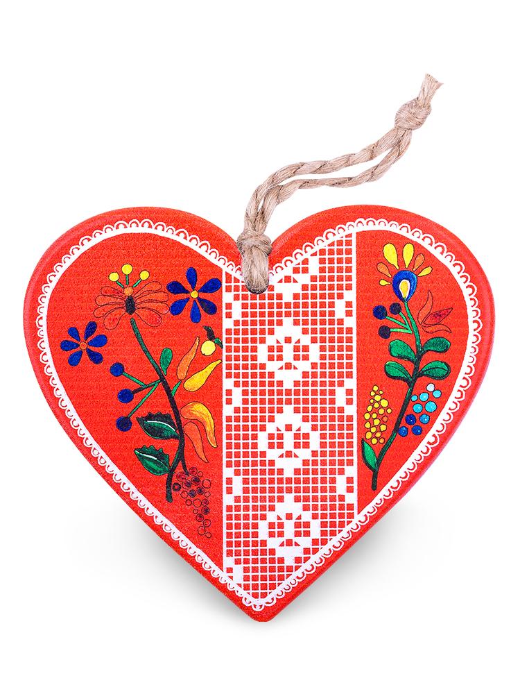 Drevené srdce červené