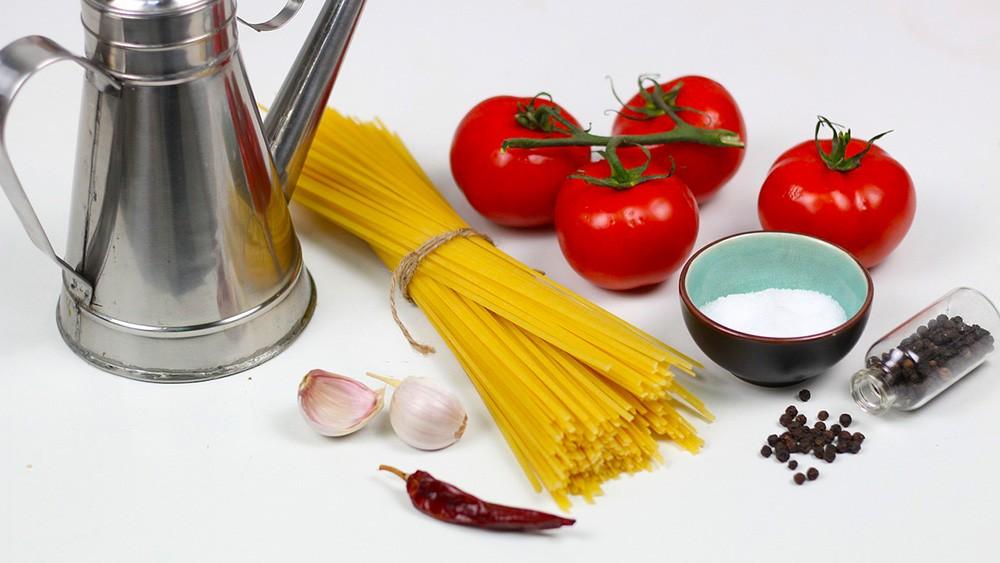 Ako pripraviť jednoduché špagety? 3 tipy na jednoduché a chutné špagety.